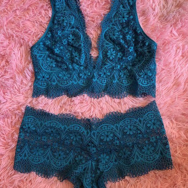 Blue Lace Bra and Boy Shorts Set