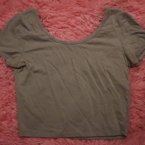 Grey Short Sleeve Crop Top